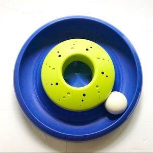 Chase A Ball round cat toy blue and green